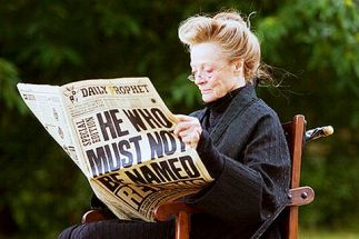 McGonagall-Reading-Daily-Prophet